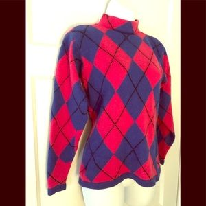 100% Cashmere sweater by Neiman Marcus